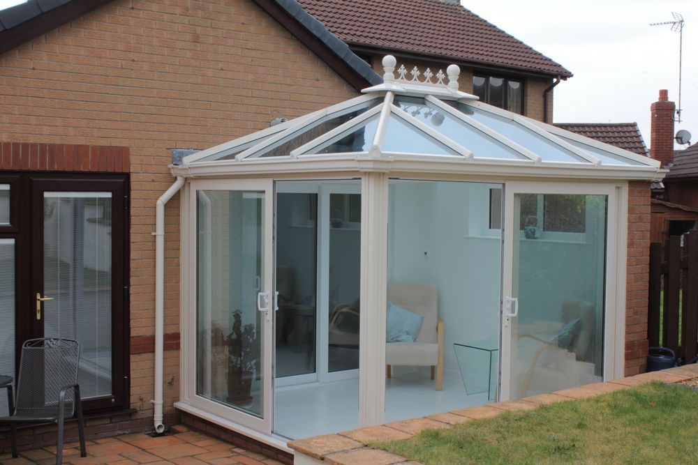 Light filled conservatory / garden room build in Neston, Wirral.